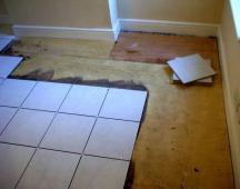 Как уложить плитку на деревянное основание
