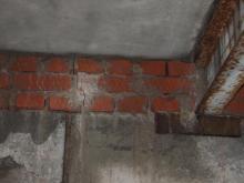 Трещина в стене коттеджа