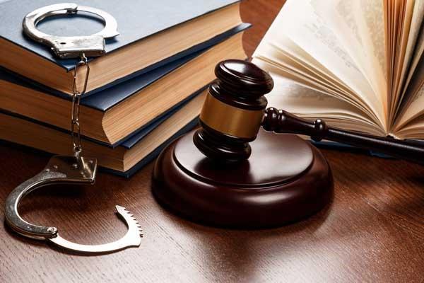 В чем состоит работа уголовного адвоката?